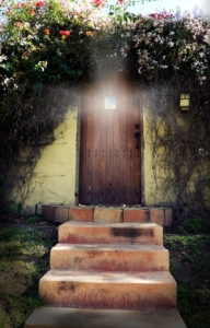 Image courtesy http://goodlifezen.com/how-catastrophe-can-open-a-door-to-a-new-life-2/